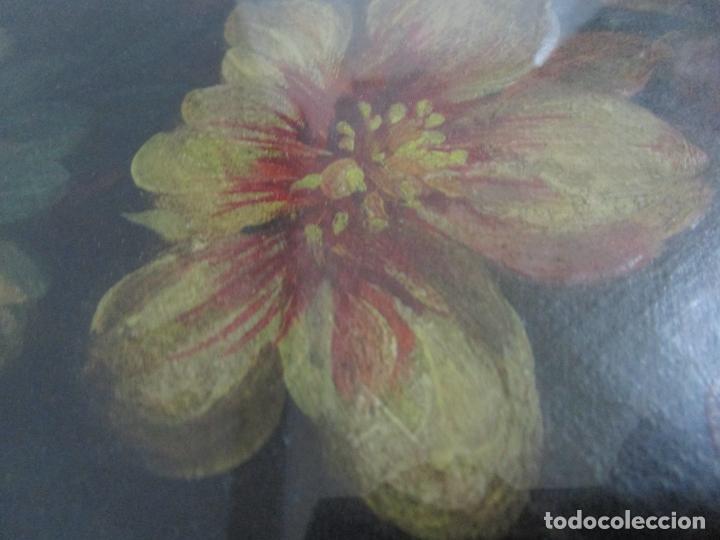 Arte: Antigua Pintura - Bodegón con Flores - Óleo sobre Tela - Precioso Marco en Madera Dorada - S. XIX - Foto 3 - 215544827