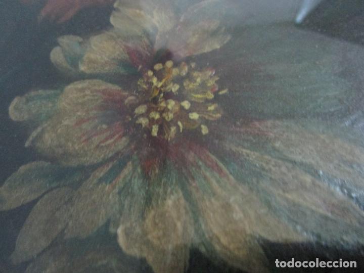 Arte: Antigua Pintura - Bodegón con Flores - Óleo sobre Tela - Precioso Marco en Madera Dorada - S. XIX - Foto 4 - 215544827