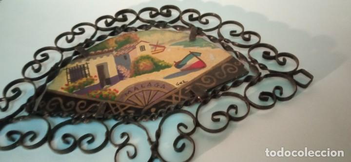 Arte: bonita pintura sobre tablex montada en marco abanico hierro forjado - Foto 2 - 218344745