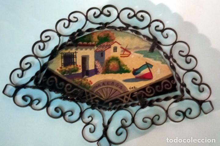 Arte: bonita pintura sobre tablex montada en marco abanico hierro forjado - Foto 8 - 218344745