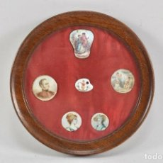Arte: MUSEO MONTAJE SEIS RETRATOS PINTADOS MINIATURA PORCELANA ETC DEL SIGLO XVIII Y XIX LA CENTRAL DE A. Lote 219864360
