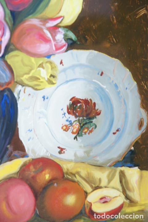 Arte: Bellísimo oleo sobre cristal. Bodegón floral con plato pintado. Siglo XIX-XX. - Foto 3 - 226302378