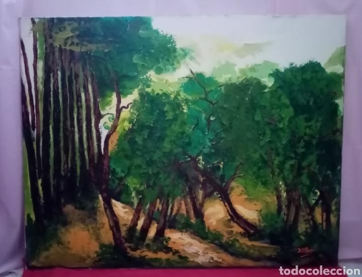 Arte: Magnífico Óleo sobre lienzo. Bosque asimétrico Con predominio de tonos verdes y marrones encendidos - Foto 2 - 232135155