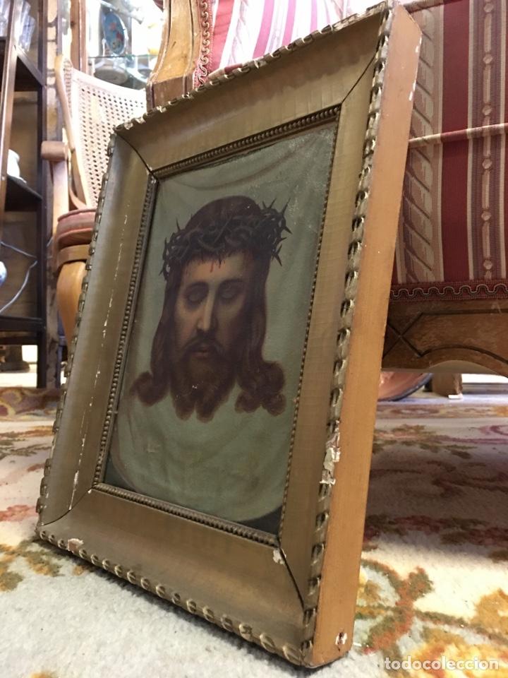 Arte: Antiguo óleo sobre lienzo, retrato de Jesucristo sangrando com corona de espinas, marco de madera - Foto 4 - 247275340