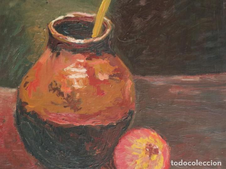 Arte: Bodegón de cerámica y frutas. Óleo sobre tabla. Cataluña, med. S. XX. Mide 40 x 50 cm. - Foto 4 - 236458095