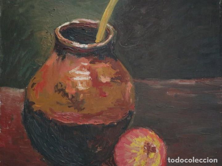 Arte: Bodegón de cerámica y frutas. Óleo sobre tabla. Cataluña, med. S. XX. Mide 40 x 50 cm. - Foto 6 - 236458095