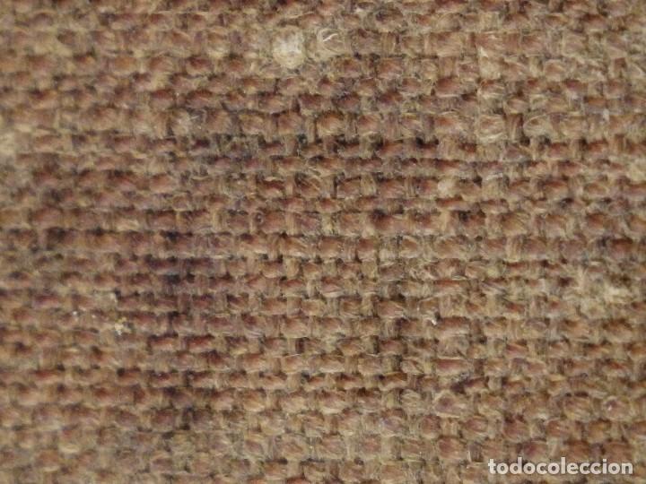 Arte: Bodegón de cerámica y frutas. Óleo sobre tabla. Cataluña, med. S. XX. Mide 40 x 50 cm. - Foto 37 - 236458095