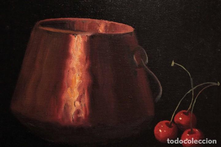 Arte: Soler. Oleo sobre lienzo. Bodegón de cerezas y caldera. Firmado y enmarcado. 53x45cm - Foto 8 - 243382085