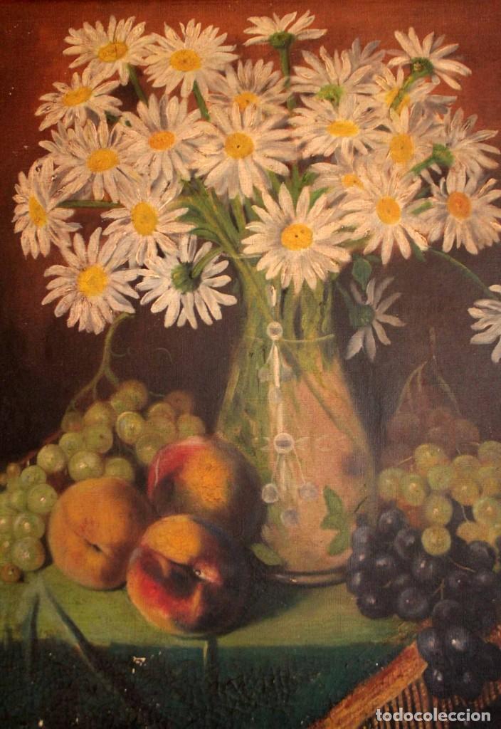 Arte: Bodegón con florero, oleo sobre lienzo. Esc. Valenciana s.XIX? firmado y enmarcado 69x60cm - Foto 10 - 253141640