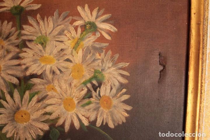 Arte: Bodegón con florero, oleo sobre lienzo. Esc. Valenciana s.XIX? firmado y enmarcado 69x60cm - Foto 5 - 253141640