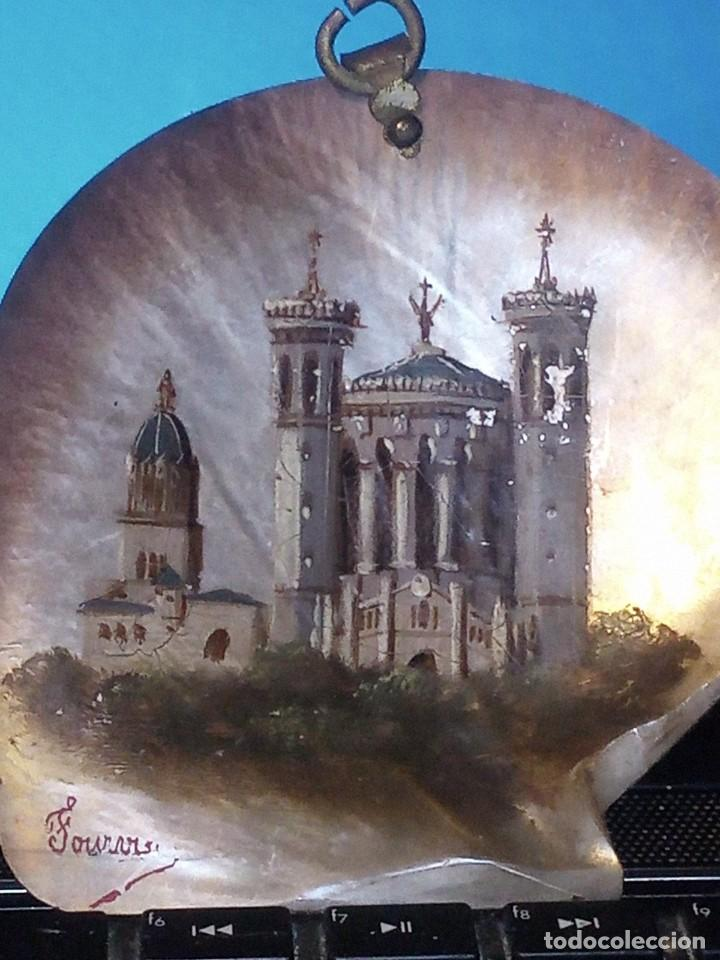 Arte: ~~~~ ANTIGUA CONCHA DE NÁCAR MADREPERLA S. XIX, PINTADA AL OLEO Y FIRMADA, MIDE10X10 CM. APROX.~~~~ - Foto 3 - 275593793