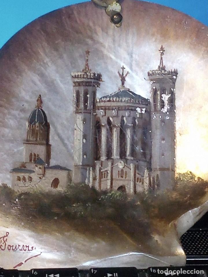 Arte: ~~~~ ANTIGUA CONCHA DE NÁCAR MADREPERLA S. XIX, PINTADA AL OLEO Y FIRMADA, MIDE10X10 CM. APROX.~~~~ - Foto 6 - 275593793