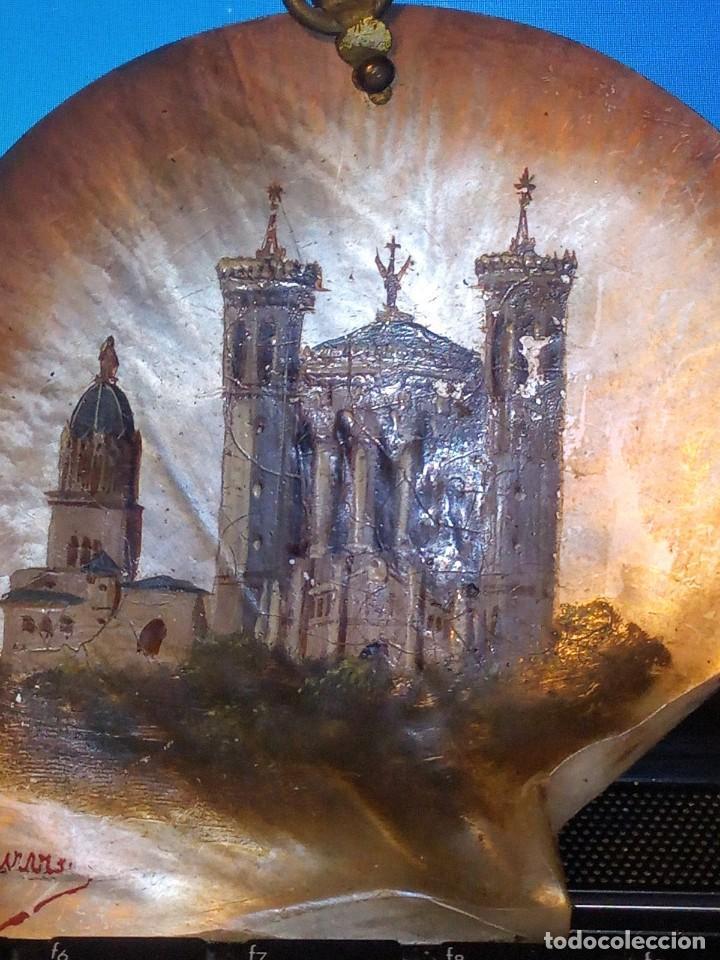 Arte: ~~~~ ANTIGUA CONCHA DE NÁCAR MADREPERLA S. XIX, PINTADA AL OLEO Y FIRMADA, MIDE10X10 CM. APROX.~~~~ - Foto 7 - 275593793
