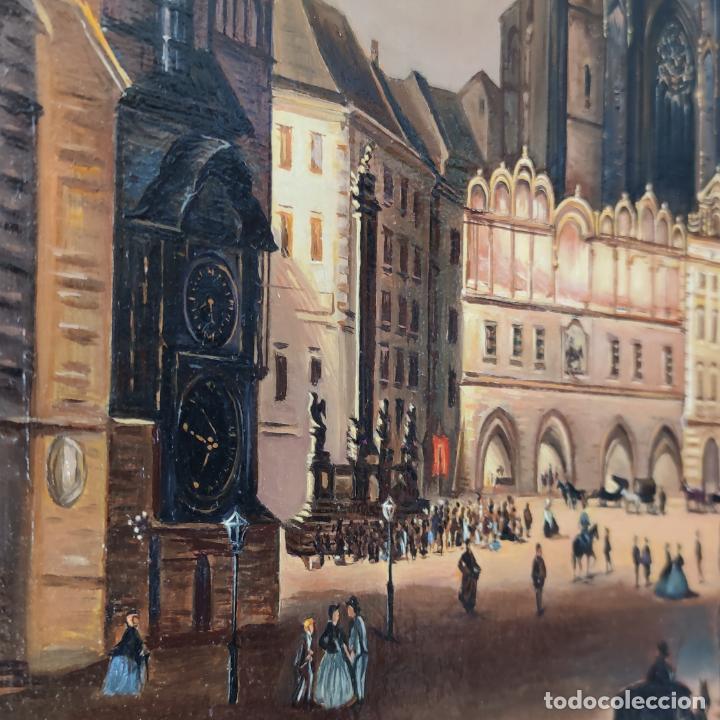 Arte: Oleo sobre lienzo. Ayuntamiento y plaza de la ciudad vieja. Praga. Copia firmada. Siglo XX. - Foto 4 - 287677603