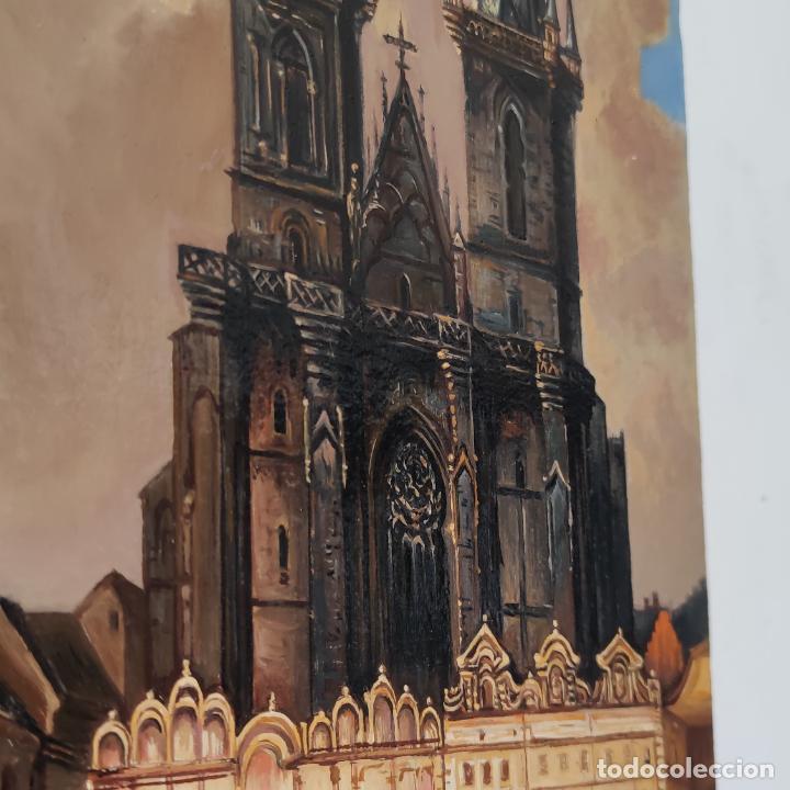 Arte: Oleo sobre lienzo. Ayuntamiento y plaza de la ciudad vieja. Praga. Copia firmada. Siglo XX. - Foto 6 - 287677603