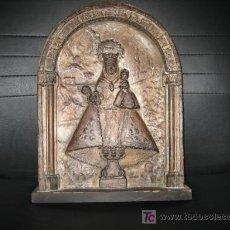 Arte: ANTIGUA VIRGEN DE COVADONGA EN ESCAYOLA FIRMADA MORAN . Lote 11159733