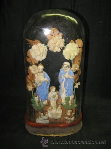 SAGRADA FAMILIA , CON AMPOLLA DE CRISTAL. SG.XIX. MIDE 26 X 13 X 8 CM. BASE. (Arte - Arte Religioso - Escultura)