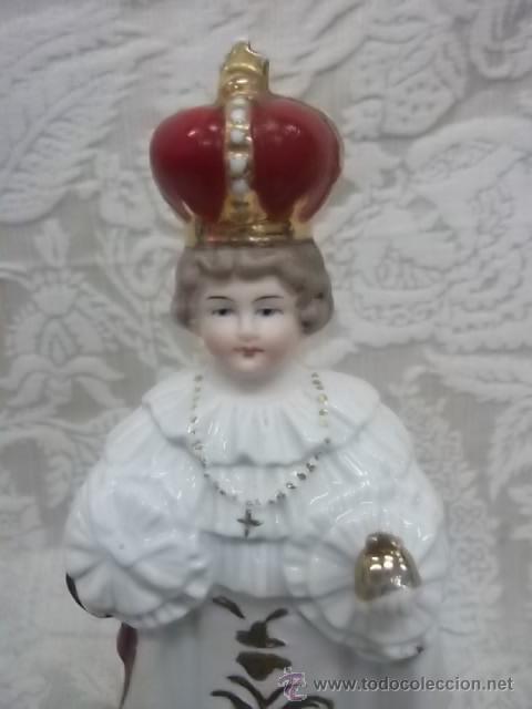 NIÑO JESUS DE PRAGA EN PORCELANA BISCUIT (Arte - Arte Religioso - Escultura)
