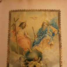 Arte: LITOGRAFIA EN COLOR SIGLO XIX TRINIDAD CON RELIEVES DORADOS.. Lote 29681174