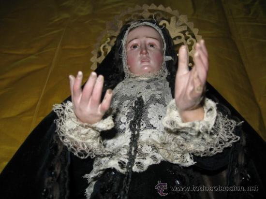 CONSERVADA Y ANTIGUA VIRGEN DOLOROSA, SG. XIX. CAP I POTA. DE 48 CM. ROPA ORIGINAL (Arte - Arte Religioso - Escultura)