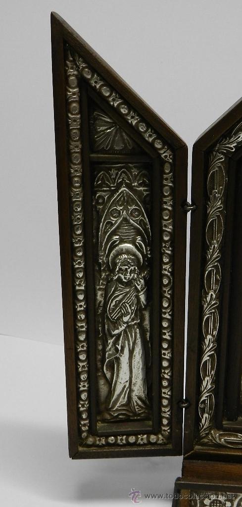 Arte: Triptico Altar de Madera y Plata antiguo y religioso, realizado en madera con interior de Plata, sig - Foto 3 - 48972738