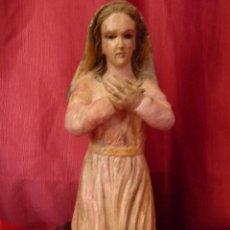 Arte: IMAGEN RELIGIOSA ANTIGUA TALLA VIRGEN MARÍA EN ACTITUD ORANTE POLICROMADA. Lote 40495426