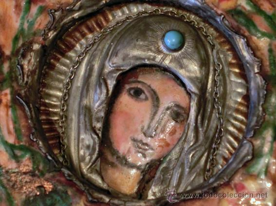 PEQUEÑO ICONO ESMALTADO. VIRGEN. ARTESANAL LATÓN Y ESMALTE MUY COLORIDO (Arte - Arte Religioso - Iconos)