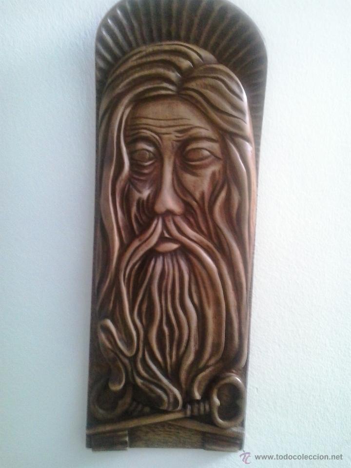 TALLA DE MADERA NOBLE DE SAN PEDRO HECHA A MANO POR EL ARTISTA CASILLAS (Arte - Arte Religioso - Escultura)
