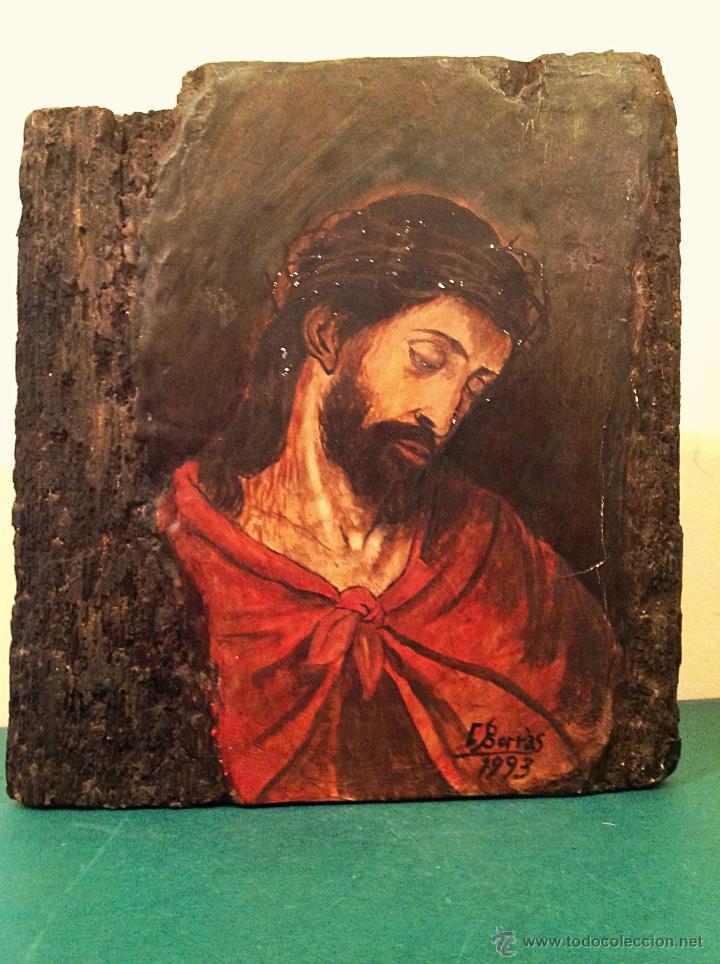 TRÍPTICO DE MADERA TALLADA PINTADO AL ÓLEO / TEMÁTICA RELIGIOSA RETABLO DE TRES PIEZAS (Arte - Arte Religioso - Pintura Religiosa - Oleo)