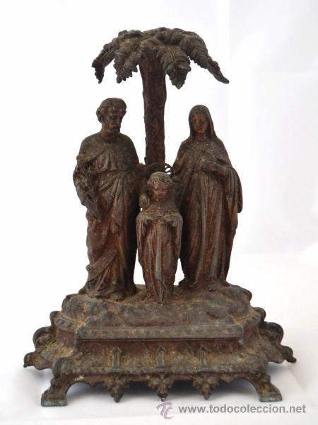 ANTIGUA Y BELLA IMAGEN SAGRADA FAMILIA EN CALAMINA * VIRGEN * SAN JOSE * NIÑO JESUS (Arte - Arte Religioso - Escultura)
