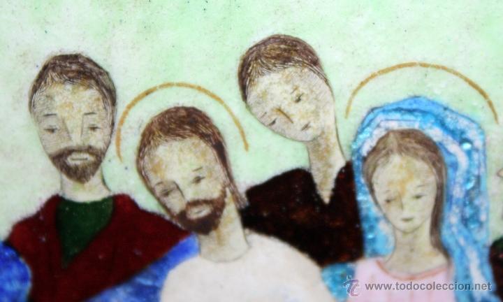 Arte: CONJUNTO DE 6 ESMALTES DE TEMA RELIGIOSO ENMARCADOS CON MARCO DE PLATA. CIRCA 1920. 14 CM X 73,5 CM - Foto 6 - 45623168
