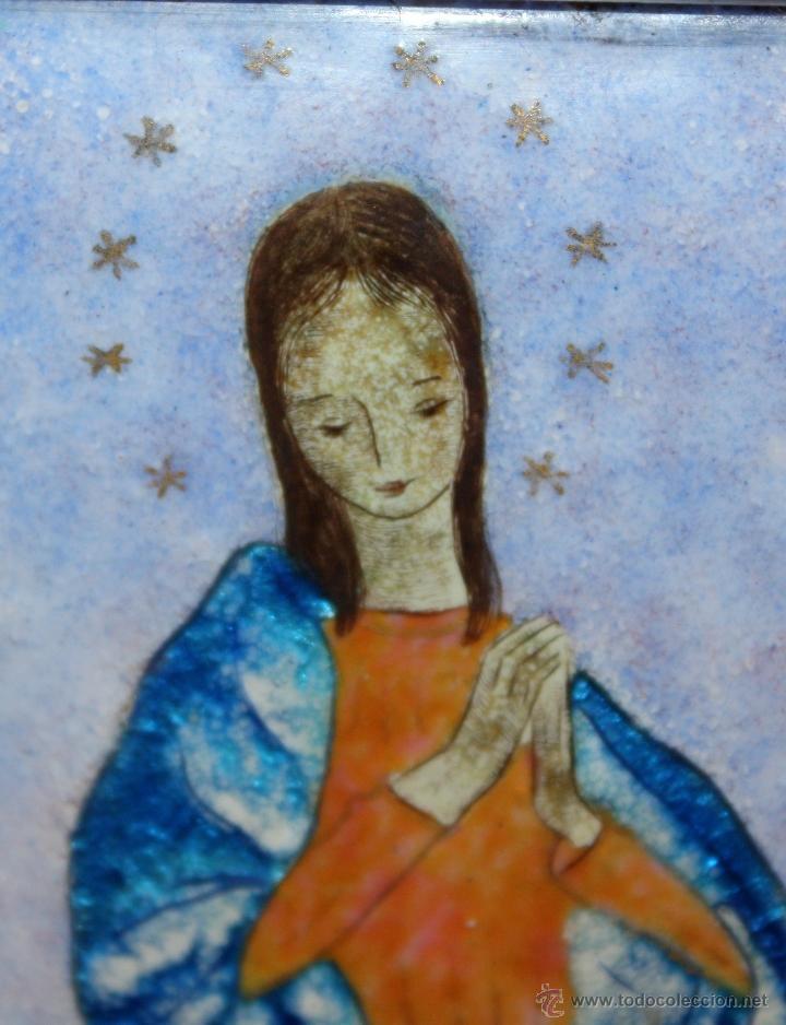 Arte: CONJUNTO DE 6 ESMALTES DE TEMA RELIGIOSO ENMARCADOS CON MARCO DE PLATA. CIRCA 1920. 14 CM X 73,5 CM - Foto 9 - 45623168