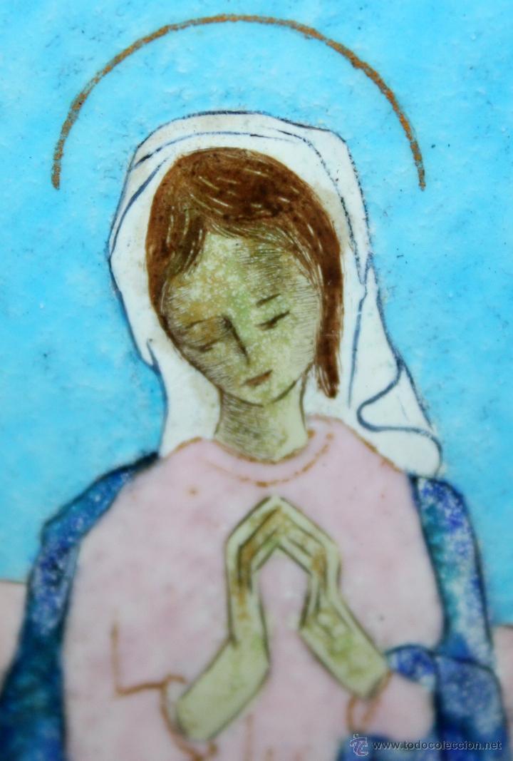 Arte: CONJUNTO DE 6 ESMALTES DE TEMA RELIGIOSO ENMARCADOS CON MARCO DE PLATA. CIRCA 1920. 14 CM X 73,5 CM - Foto 12 - 45623168