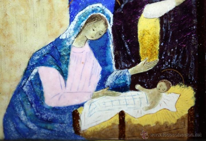 Arte: CONJUNTO DE 6 ESMALTES DE TEMA RELIGIOSO ENMARCADOS CON MARCO DE PLATA. CIRCA 1920. 14 CM X 73,5 CM - Foto 15 - 45623168