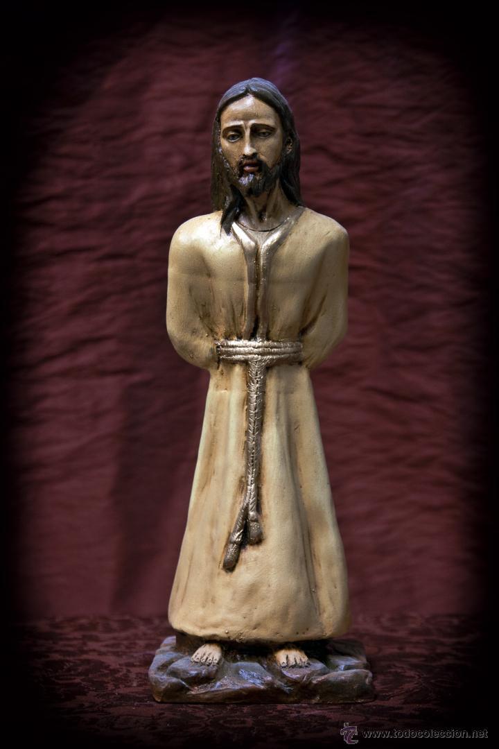 CRISTO DE 30 CTMS REALIZADO EN TERRACOTA POLICROMADO. (Arte - Arte Religioso - Escultura)