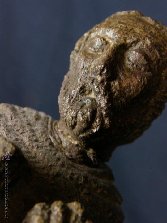 Arte: escultura santo evangelista cemento o similar moldeado inciso barnizado 2ª mitad s XX 20x8x7cms - Foto 6 - 46405965