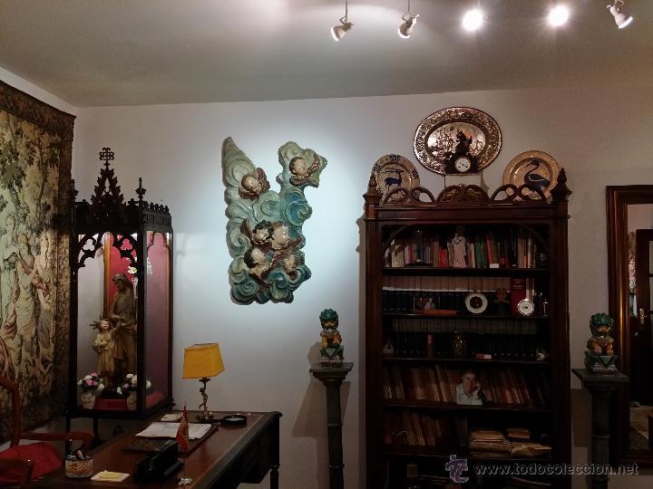 Arte: PRECIOSO RETABLO EN MADERA DE ROBLE POLICROMADA, DEL SIGLO XIX COMPUESTO DE UNA NUBE CON ÁNGELES - Foto 10 - 47113398