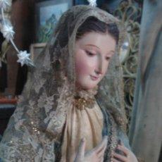 Arte: VIRGEN DE TALLA CAP I POTA ISABELINA CON NUBE Y SERPIENTE VESTIDOS BORDADOS DE SEDA.. Lote 47697313