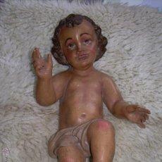 Arte: NIÑO JESUS - NIÑO DIOS - BARRO O PASTA MADERA - POLICROMADO - 31X17 CM - TAPADO AGUJERO POTENCIAS. Lote 47866993