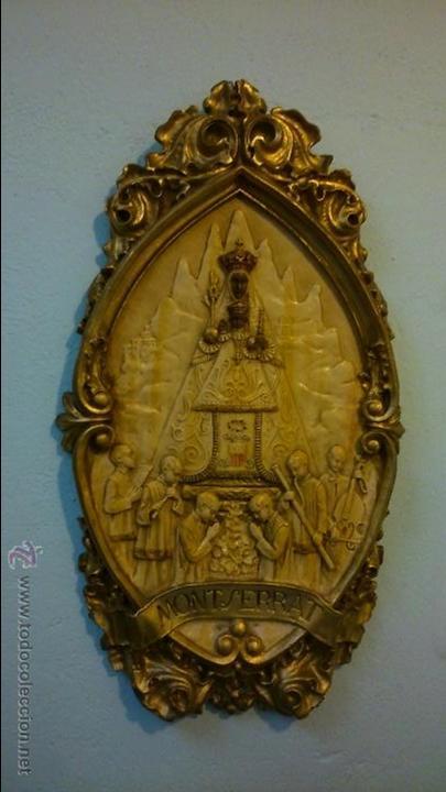 ANTIGUO CUADRO / FIGURA DE LA VIRGEN DE MONTSERRAT, DE ESCAYOLA / DE LOS AÑOS 20-30 (Arte - Arte Religioso - Escultura)