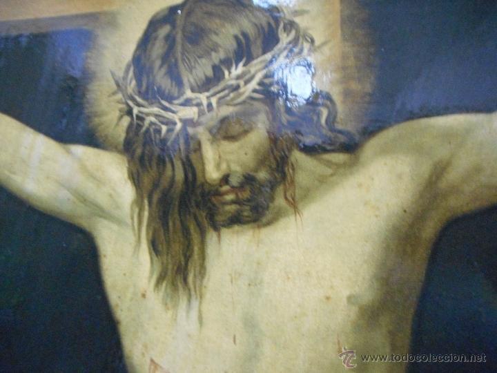 Arte: gran copia o litografia cristo crucificado de velazquez supongo siglo XIX firmado - Foto 2 - 49326624