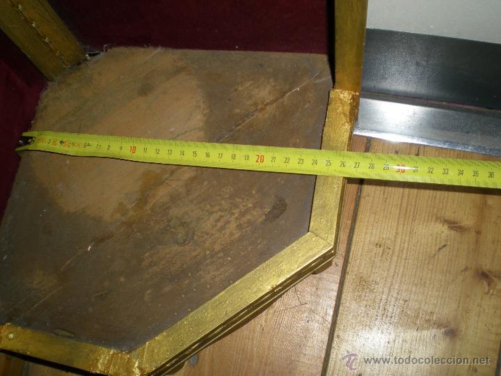 Arte: preciosa capilla antigua de madera tejido pasamanería metálica oro con iluminación siglo XVIII. - Foto 36 - 49418467