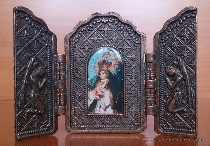 TRÍPTICO ANTIGUO EN COBRE NUESTRA SEÑORA DE LOS REMEDIOS ( JAEN ) Y SUS QUERUBINES PROTECTORES . (Arte - Arte Religioso - Trípticos)