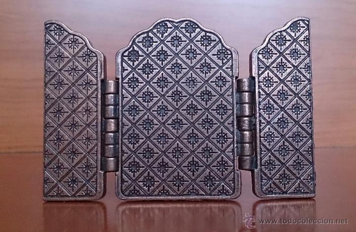 Arte: Tríptico antiguo en cobre Nuestra Señora de los Remedios ( Jaen ) y sus querubines protectores . - Foto 4 - 50043693