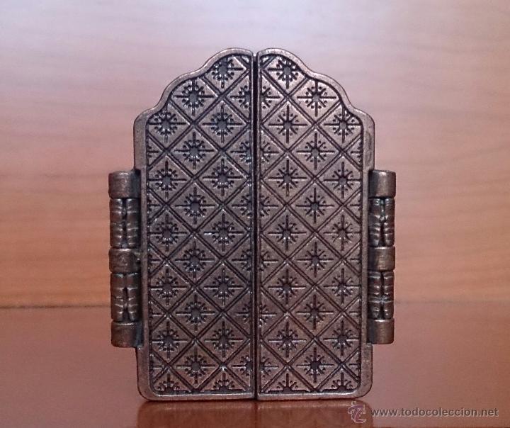 Arte: Tríptico antiguo en cobre Nuestra Señora de los Remedios ( Jaen ) y sus querubines protectores . - Foto 5 - 50043693