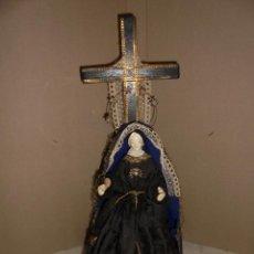 Arte: (M) ANTIGUA VIRGEN DOLOROSA CAP I POTA CON CRUZ . S.XIX ROPAS ORIGINALES . 44 CM. DE ALTURA . Lote 50190056