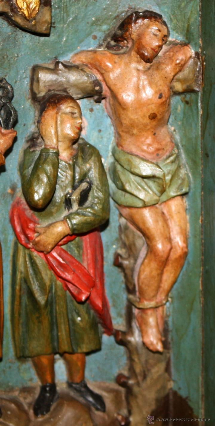 Arte: LA CRUCIFICCIÓN DE JESÚS. GRAN URNA TIPO CAPILLA DEL SIGLO XVIII EN MADERA TALLADA Y POLICROMADA - Foto 6 - 50388694