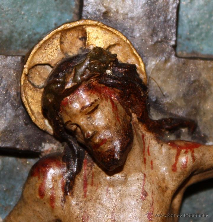 Arte: LA CRUCIFICCIÓN DE JESÚS. GRAN URNA TIPO CAPILLA DEL SIGLO XVIII EN MADERA TALLADA Y POLICROMADA - Foto 8 - 50388694