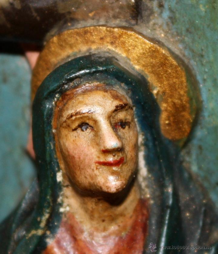 Arte: LA CRUCIFICCIÓN DE JESÚS. GRAN URNA TIPO CAPILLA DEL SIGLO XVIII EN MADERA TALLADA Y POLICROMADA - Foto 13 - 50388694
