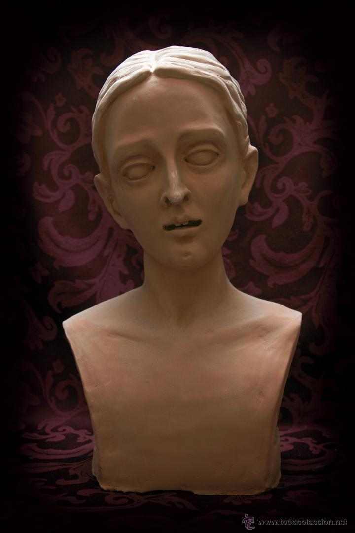 VIRGEN DOLOROSA DE TAMAÑO NATURAL, SE ENTREGARÍA YA TERMINADA Y MONTADA EN SU CANDELERO SIN VESTIR. (Arte - Arte Religioso - Escultura)